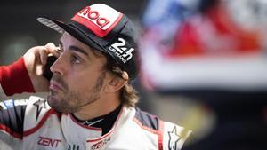 Fernando Alonso (Toyota),durante un descanso de los últimos ensayos de las 1.000 Millas de Sebring (EEUU).