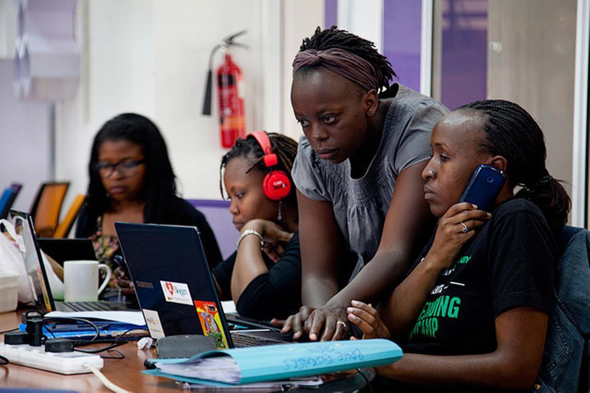 En los últimos años el número de mujeres vinculadas al mundo tecnológico ha aumentado considerablemente en África.