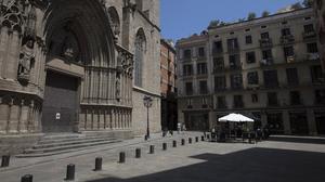 Los alrededores de la basílica de Santa Maria del Mar, prácticamente desiertos, el pasado 15 de junio.