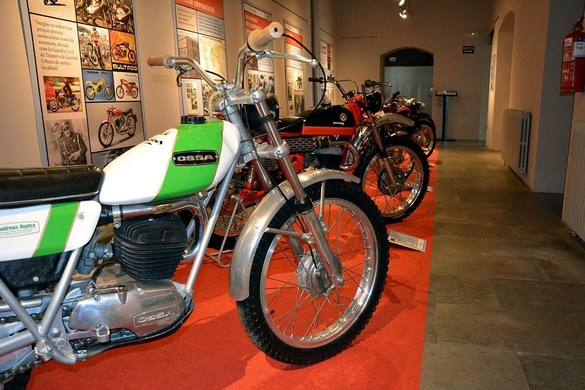 Muestra de motos en el Museo Castell de Rubí