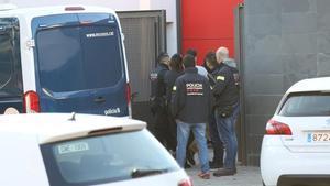 Quatre policies locals de Llinars del Vallès arrestats en un cop contra una màfia de la marihuana