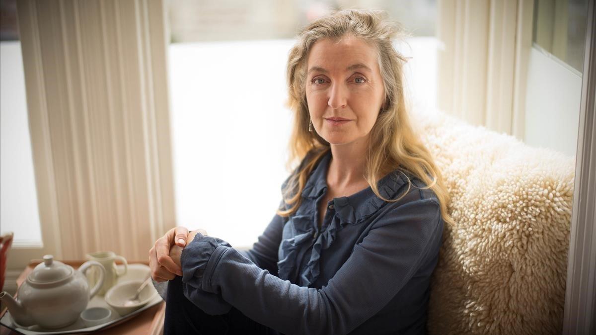 La escritora y activista norteamericana Rebecca Sonit, en su casa de San Francisco.
