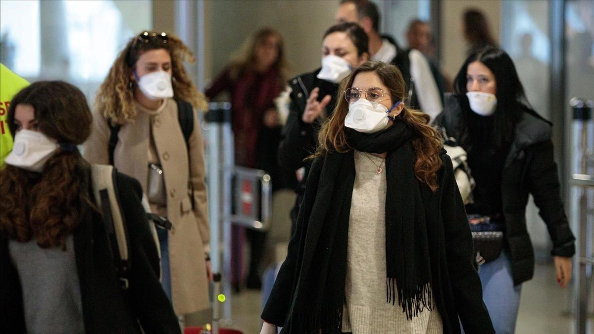 Els metges de família asseguren que a Espanya no és necessari utilitzar mascaretes
