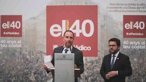 Enric Hernández, director de EL PERIÓDICO, durante su discurso junto al vicepresidente Aragonés.