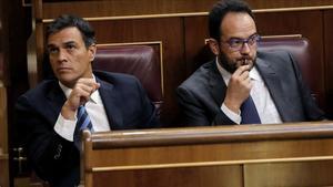 Rajoy adorm l'oposició