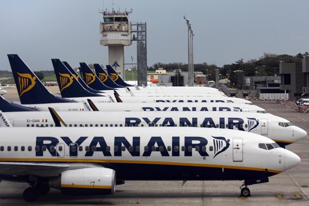 Aviones de Ryanair, en el aeropuerto de Girona.