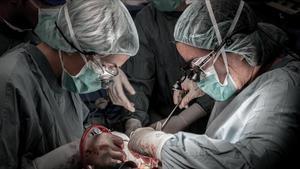 Un trasplante de hígado en el Hospital Vall d'Hebron de Barcelona.