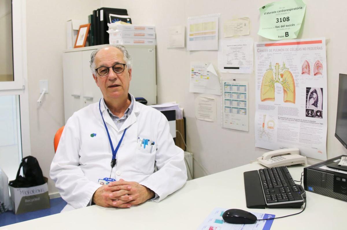 El director del Servicio de Oncología Médica del Parc Taulí de Sabadell, Dr. Eugeni Saigí.