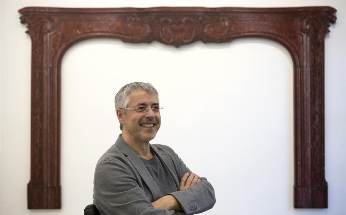 Lluís Hortalà en la galería Rocío Santa Cruz.