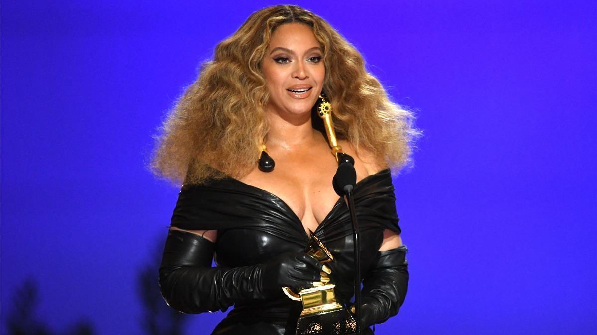 Beyonce durante la ceremonia de los Grammy de este año.