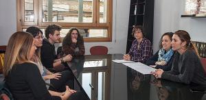 El objetivo de estas contrataciones es apoyar a alumnos y docentes en diferentes tareas, tanto dentro como fuera del horario lectivo.