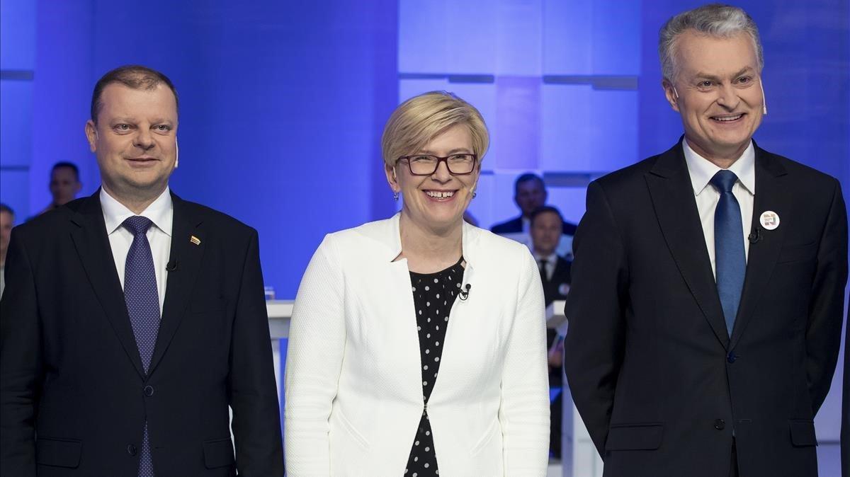 Los tres candidatos a la presidenta de Lituania, de izquierda a derecha: el primer ministro Saulius Skvernelis, la diputada Ingrida Simonyte y el economista Gitanas Nauseda.