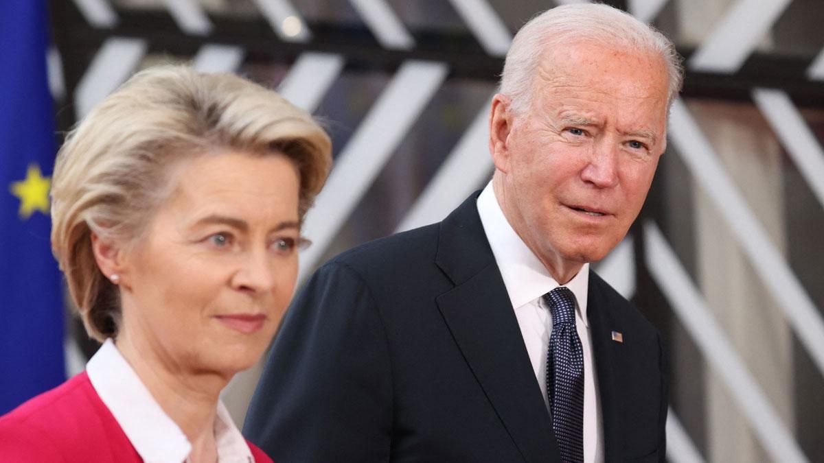 Ursula von der Leyen y Joe Biden.