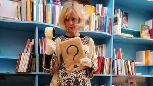 Cecilia Ricciarelli, propietaria de la librería italiana Le Nuvole, en la calle de Sant Lluís, 11, del barcelonés barrio de Gràcia.