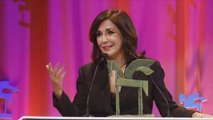 Isabel Gemio, tras recibir el Premio Ondas en Sevilla.
