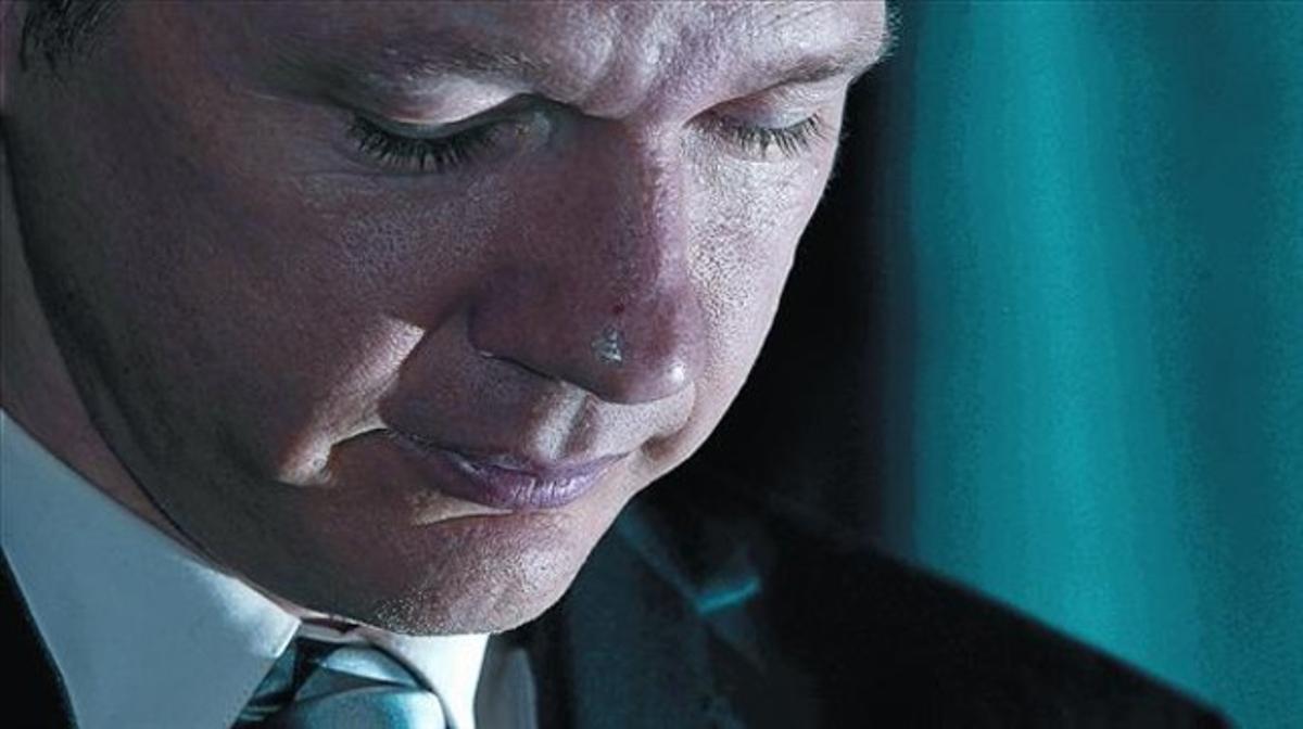 Assange durante una rueda de prensa reciente en Londres.