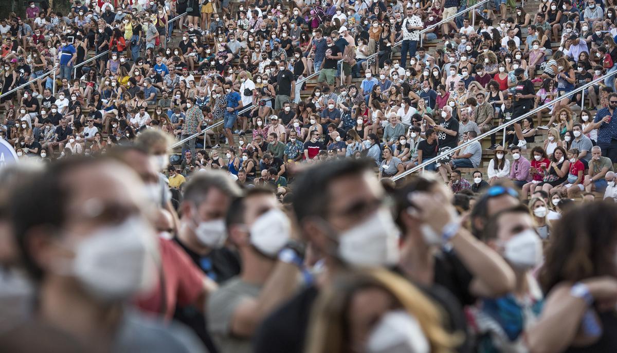 Numeroso público acudió ayer a la última jornada del Cruïlla.
