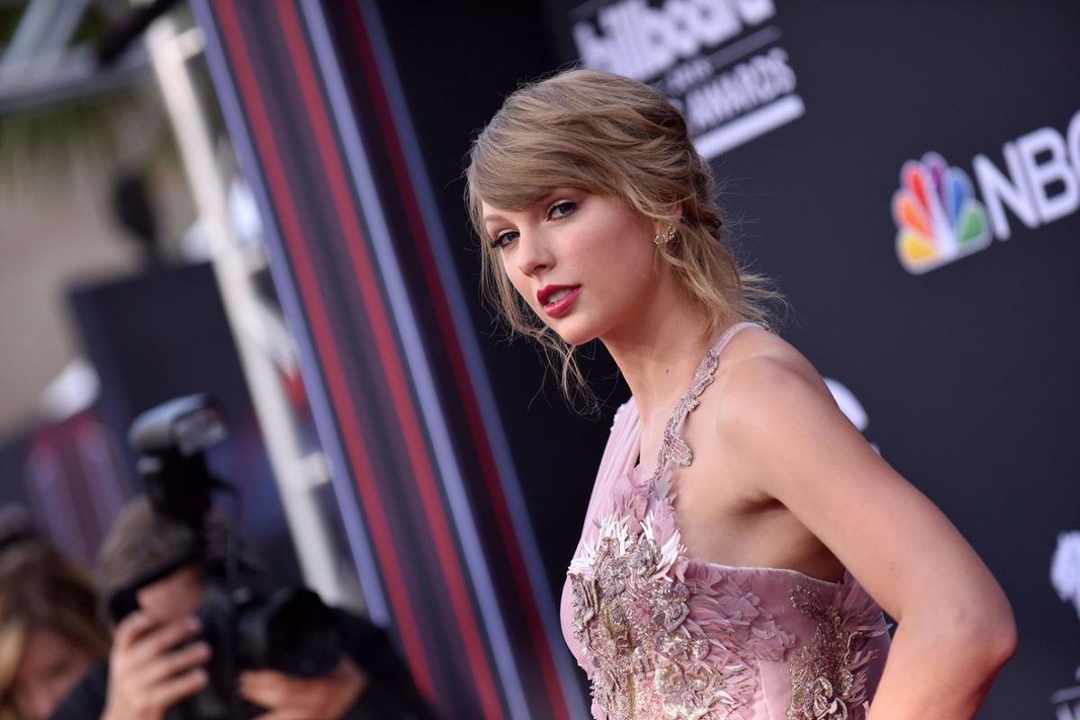Swift se posicionaría claramente por delante de otros grandes estrenos musicales de este año.