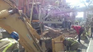 Accidente laboral en Reus: dos obreros, atrapados en una zanja a seis metros de profundidad