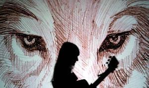 Estrena d'Amaral, que versiona 'Héroes' de David Bowie.