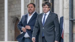 Oriol Junqueras y Carles Puigdemont, en el Palau de la Generalitat, en una imagen de octubre del 2017.