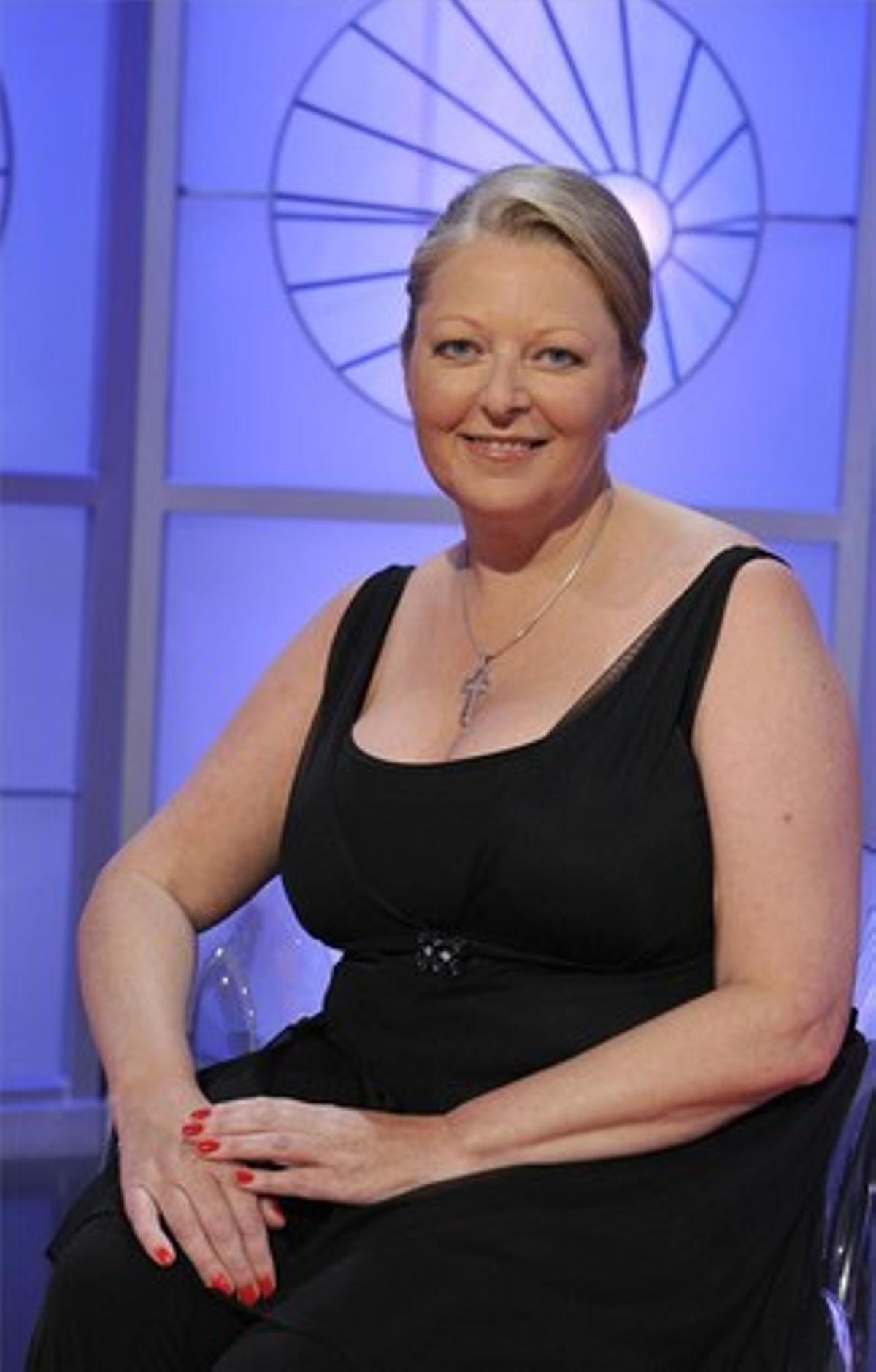 La medium británica Anne Germain sostiene que habla con los espíritus de personas fallecidas.