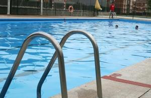 Els usuaris de la piscina Miguel Luque de Parets podran accedir gratis a la piscina d'estiu