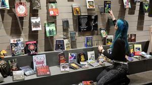 El escaparate de la librería Gigamesh.