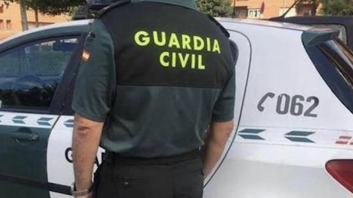 Policías y guardias civiles se quejan por la baja vacunación en comparación con Mossos