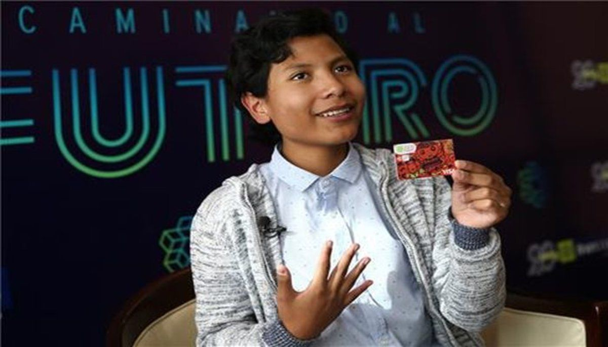 José Adolfo Quisocala Condori, el niño banquero peruano.