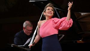 La mezzosoprano Joyce DiDonato y el pianista Craig Terry, este domingo en el Palau de la Música.