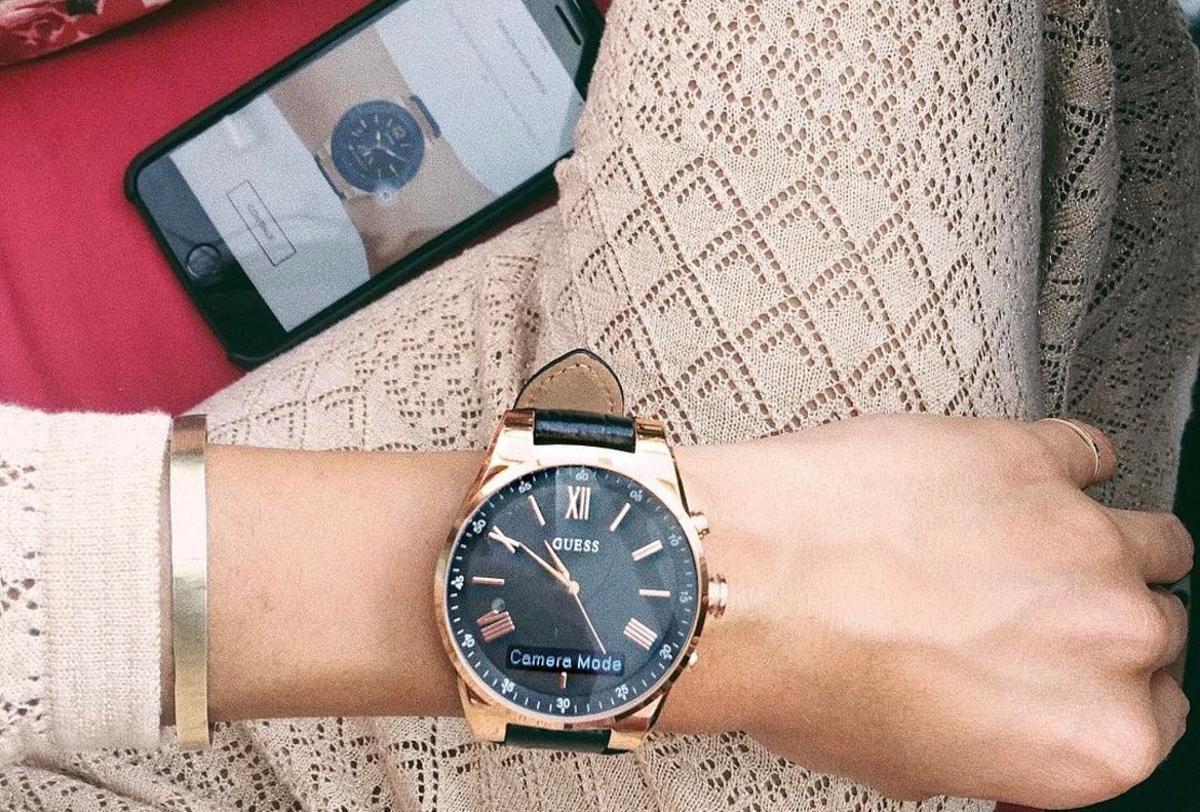 Foto de Instagram de la influencer @galagonzalez donde explicaba las funciones de su reloj.