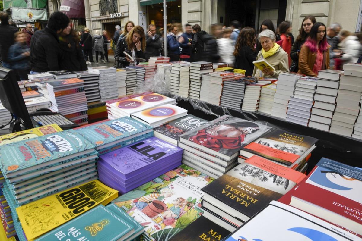 Puesto de venta de libros.
