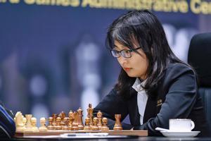 Ju Wenjun, durante la cuarta partida del Mundial de ajedrez.