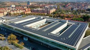 L'Hospital de Mollet instal·la més de 1.300 plaques solars a la seva coberta