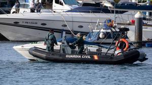 Els gossos tampoc troben al barco restes biològiques de les nenes de Tenerife