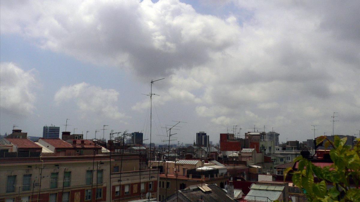 Nubes sobre Barcelona, en una imagen de archivo