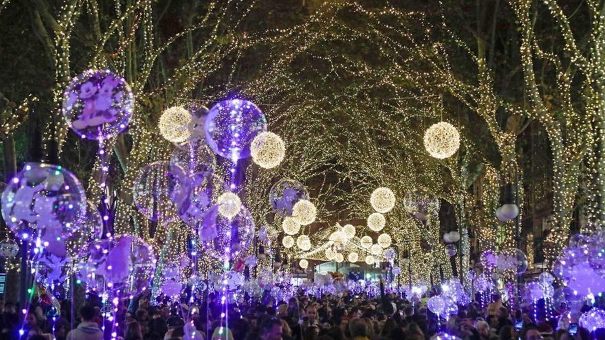 ¿La Navidad será un chute de alegría y esperanza o un permiso para que florezca el capitalismo?