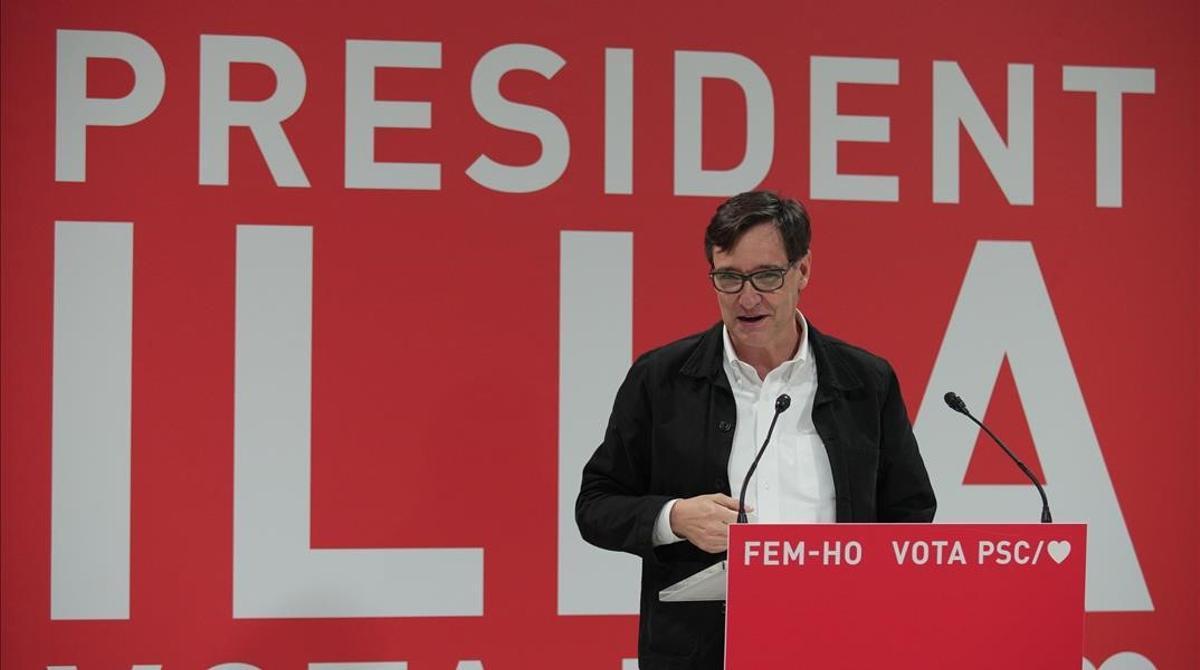 Illa habla de posibles pactos tras las elecciones del 14-F. En la foto, el candidato del PSC en un acto en Tortosa, el fin de semana.