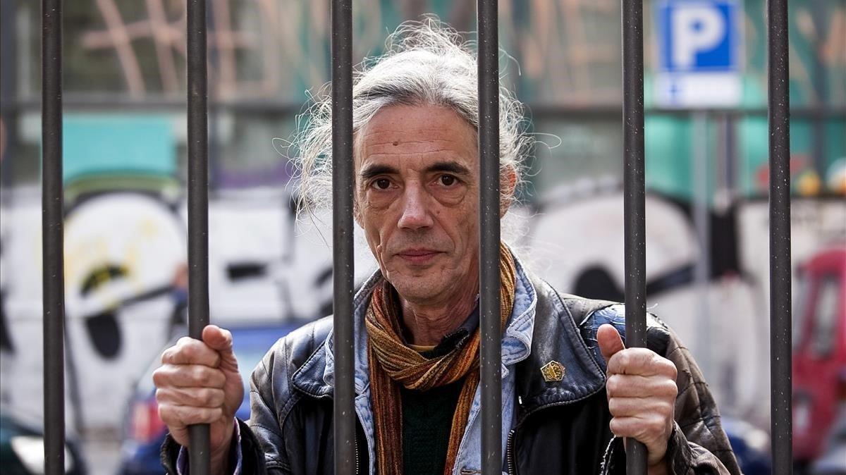 El poeta Enric Casasses, en el 2013.