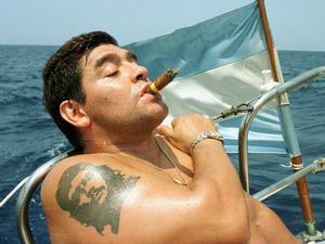 Abogado asegura que herederos de Maradona podrán vivir sin trabajar por la herencia