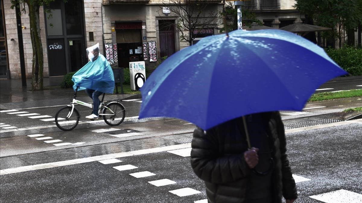 Lluvia en las calles.