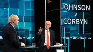 El primer debat entre Johnson i Corbyn fa taules