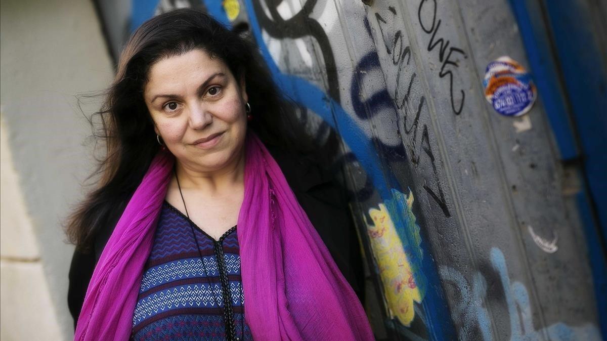 La escritora Care Santos