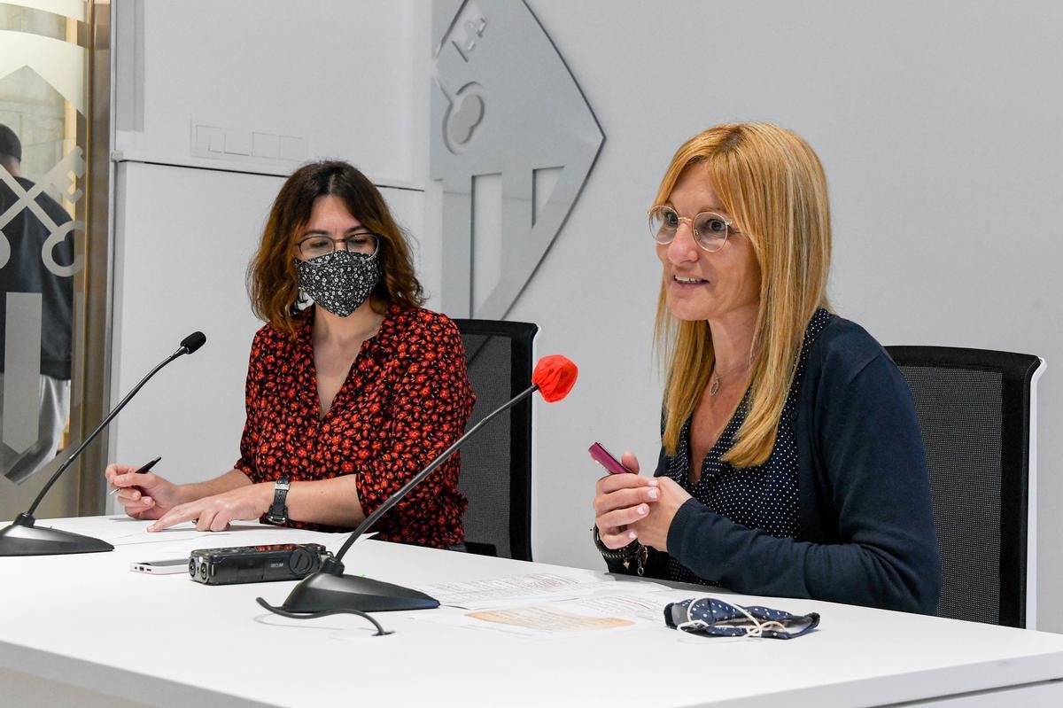 La alcaldesa de Rubí, Ana María Martínez, en rueda de prensa.