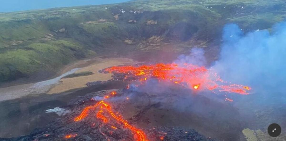 Entra en erupción el volcán de Islandia dormido desde hacía 800 años