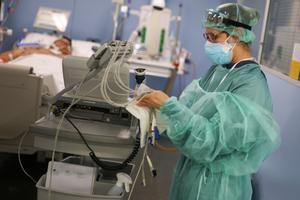 Espanya suma 44.357 nous casos de Covid-19, el pitjor dia de la pandèmia, i la incidència voreja els 800