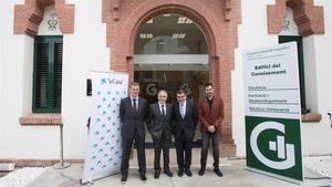 Robert Fabregat, director general de Investigación e Innovación de la Conselleria de Salut de la Generalitat; Àngel Font, director corporativo de Investigacion y Estrategia de la Fundacion Bancariala Caixa, y Rafael Lledó, director general de la FPHAG.