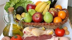 Varios alimentos que forman parte de la dieta mediterránea.