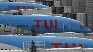 Aviones pertenecientes a la compañía alemana de turismo Tui, recientemente rescatada por el Gobierno de Angela Merkel.